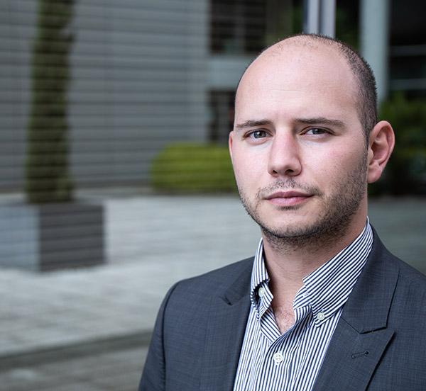 Photo profil auteurs et cofondateur Nicolas Parisi